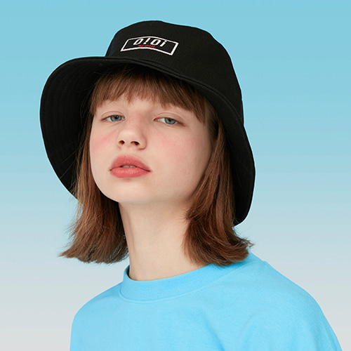 오아이오아이 모자_LOGO PATCH BUCKET HAT-BLACK